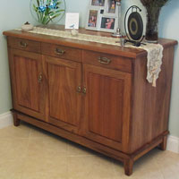 Tasmanian Blackwood Traditional Style Buffet