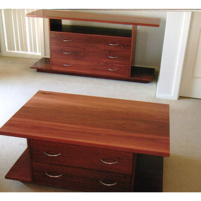 Victorian Ash Coffee Table: Mal Barrett Bespoke Furniture Newcastle